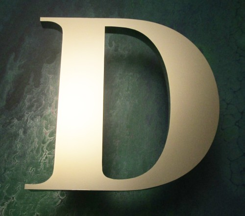 letter-d-builtup-200mm-15mm-polished