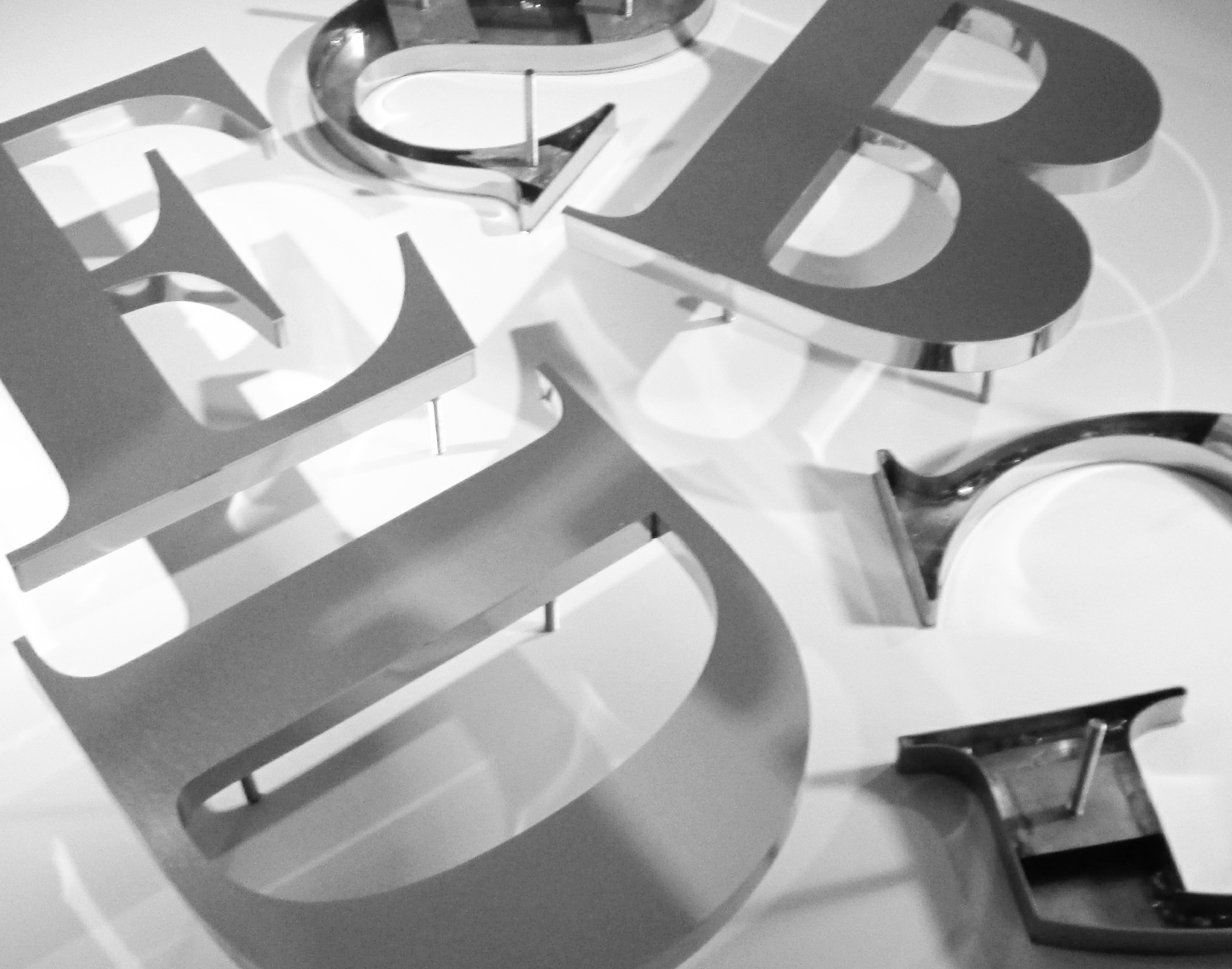 polished-stainless-steel-lettering
