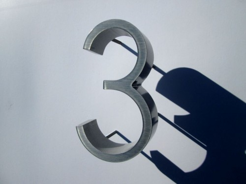 Ribbon Deep font. Aluminium House Numbers, 150mm high, 37mm thick.
